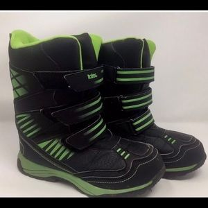 Totes Lucas snow boots  Size 11 boys  New in box